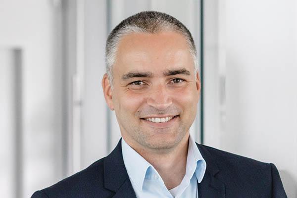 Dr. Stefan Röder